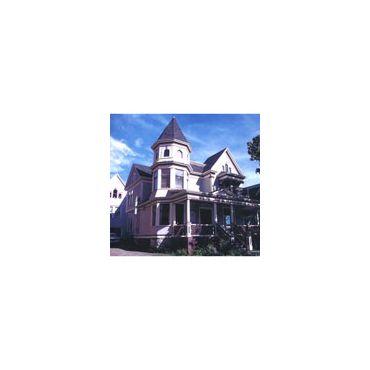 Mahogany Manor logo