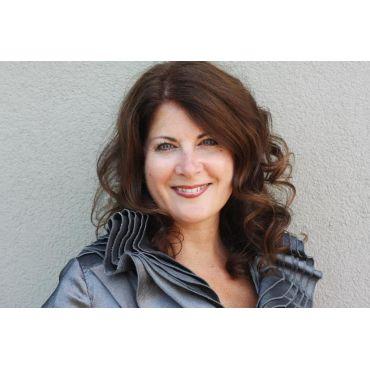Christine Gazzola, Sales Representative  Re/Max Garden City Realty Inc., Brokerage logo