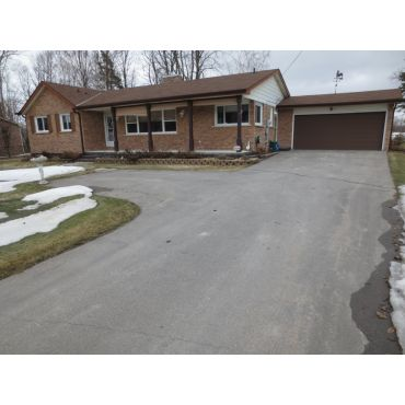 Awesome Bungalow on Double Lot $362,500
