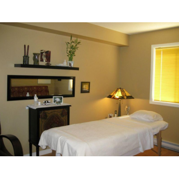 Talia's Touch, Massage Therapy Services logo
