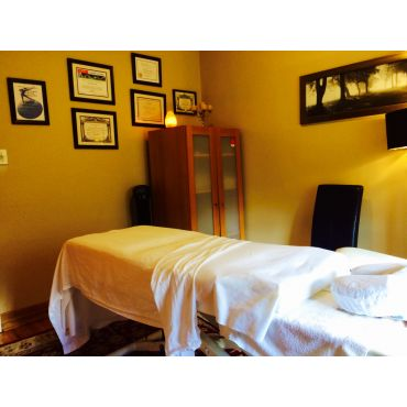 Soothing Elite Massage Therapy Room