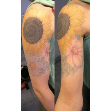 Beautiful Wtercolor style half sleeve