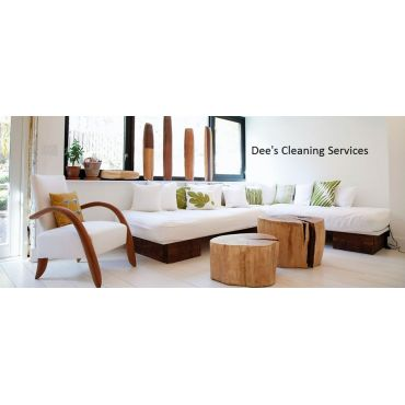 Dee's Cleaning Service logo