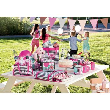 Practically Pretty up a Picnic or Party