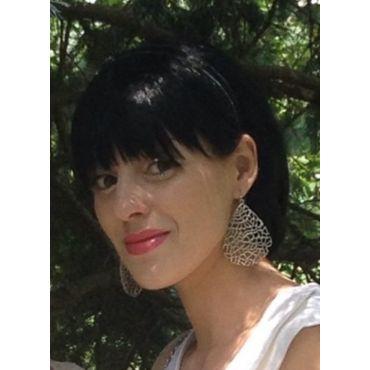 Rodan and Fields Independent Consultant Maria Gevorgyan logo