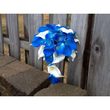 Blue and white calla lily bouquet