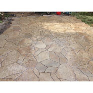 back yard pad. Mega arbel