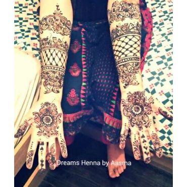 Credits to Sonia's Henna Art