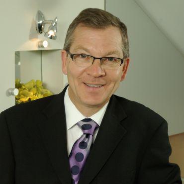 Dr. Otto Weiglein PROFILE.logo