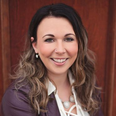 Carrie Poyser - Realtor® Exit Realty Town & Country PROFILE.logo