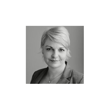 Sarah Middleton - Royal LePage Crown Realty Services PROFILE.logo