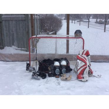 UsedHockeyEquipment.ca_Outdoor Rink Pic