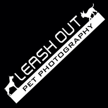 Leash Out Pet Photography logo