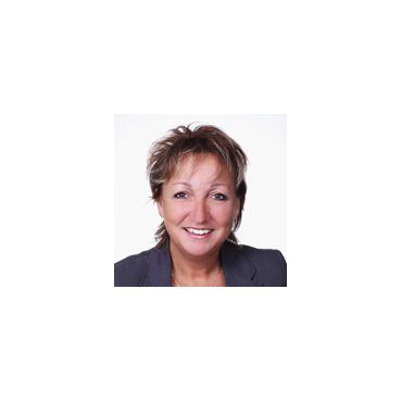 Nathalie Roussin Courtier Hypothécaire Multi-Prêt PROFILE.logo