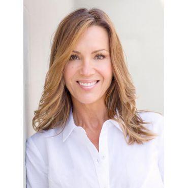 Janet Piotrowski, Sales Representative RE/MAX Four Seasons Realty Limited logo