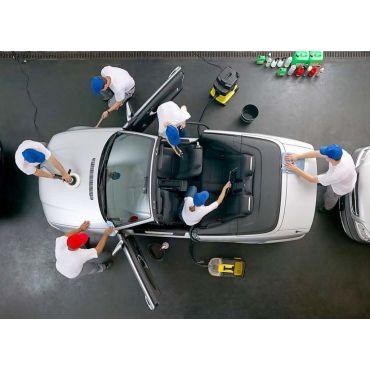 Diamond Clean Car Wash logo