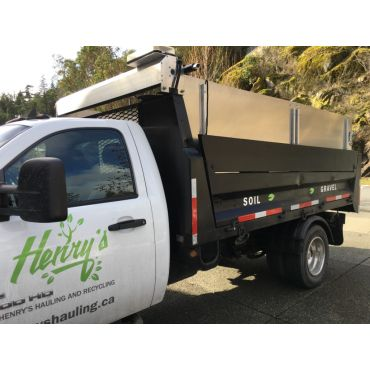 Extended sides for yard waste