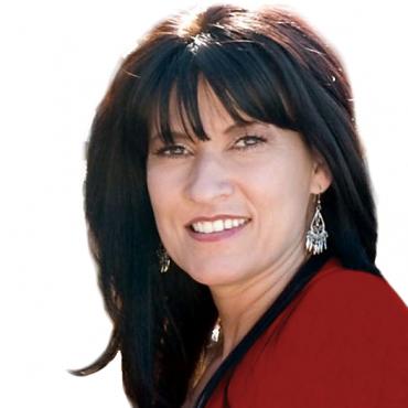 Alexia Ferdinand, AMP - Mortgage Brokers Ottawa PROFILE.logo