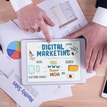 Rosaline Digital Marketing logo