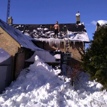 Fisher's Roof Snow Removal & 24hr Roof Repair PROFILE.logo