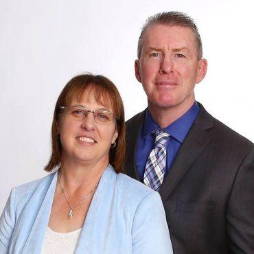 Rob & Deb Armitage, Sales Representatives RE/MAX Preferred Realty Ltd. Brokerage logo