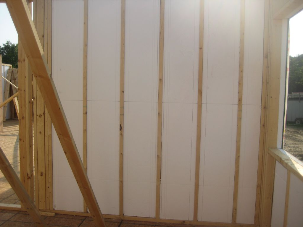 EZ SIPS Jobsite-Framed Structural Insulated Panels
