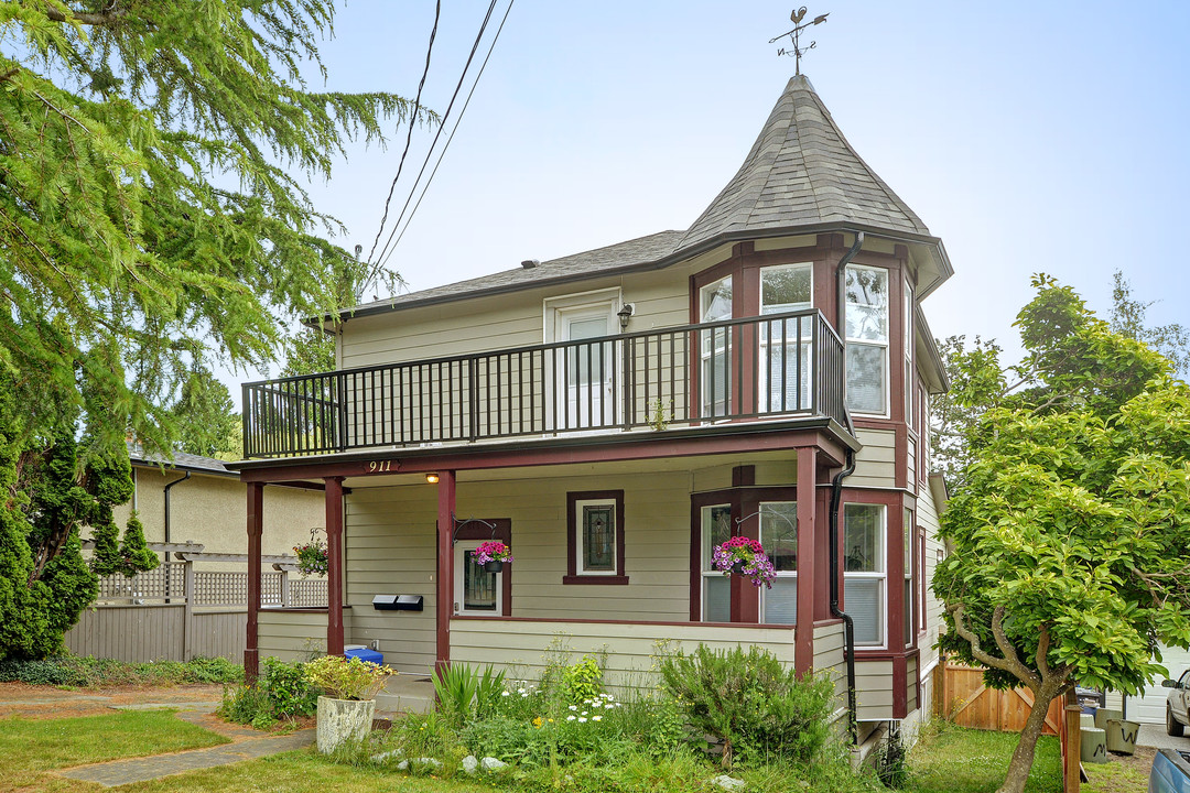 Other for Sale at 911 Richmond Ave Victoria, British Columbia,Canada