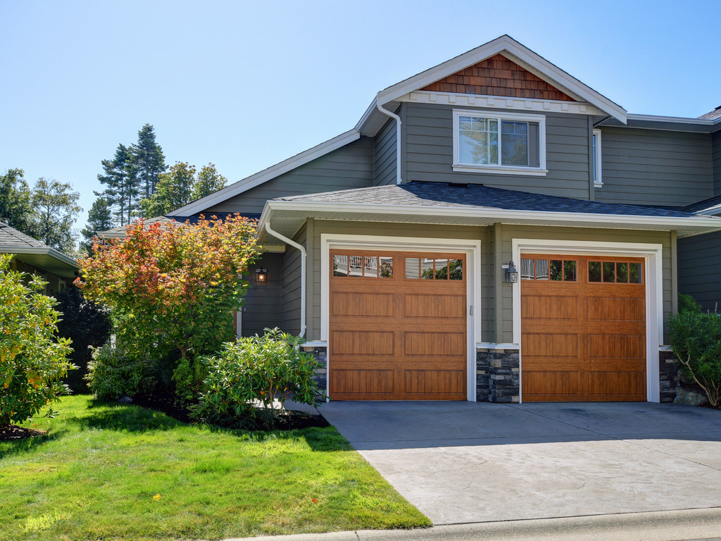 Fine Victoria Bc Townhouses For Sale Top Victoria Bc Real Download Free Architecture Designs Scobabritishbridgeorg