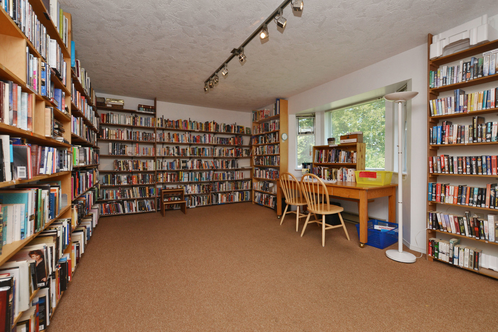 Club house library