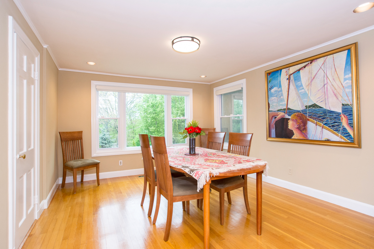 25 Puritan Road, Newton - Dining Room