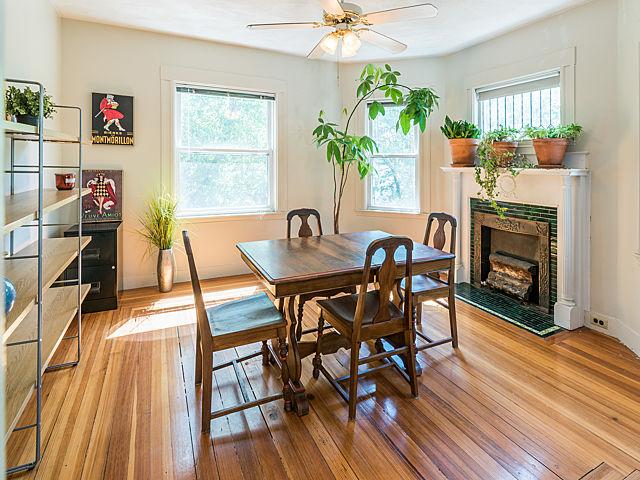 136 Park Street, Medford - Dining room