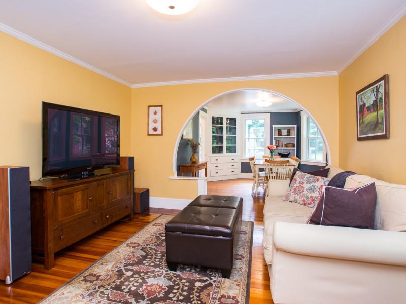 30 Highvale Lane, Andover - Living Room