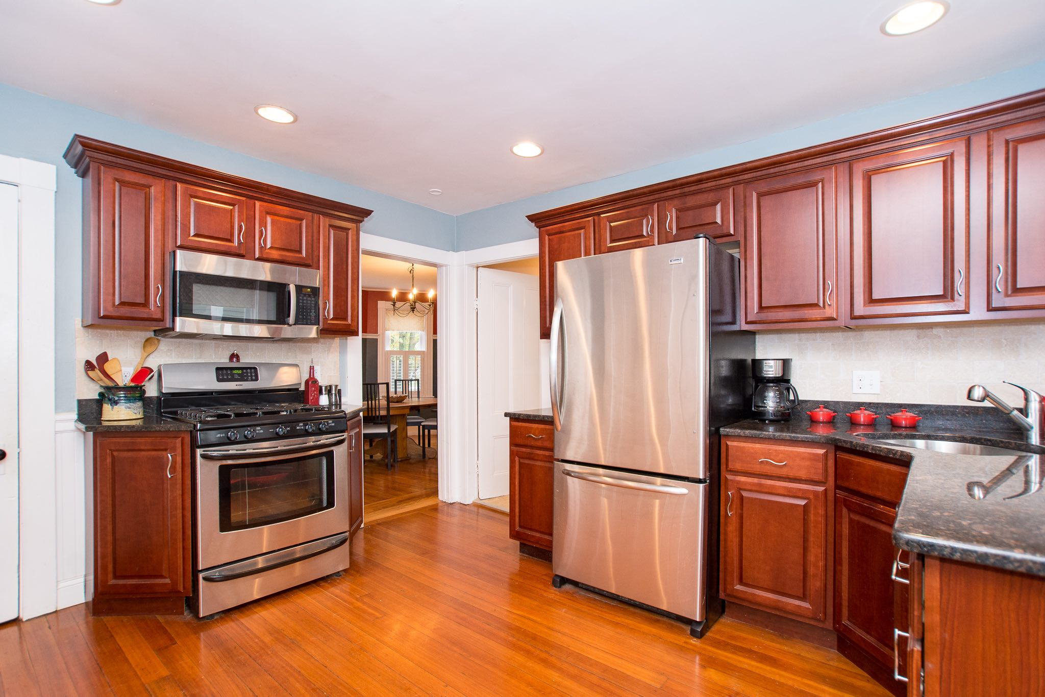48 Eddy Street, Newton, MA - Kitchen