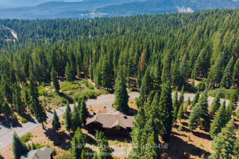 Homes in Tahoe Donner Truckee CA - Serene settings and million-dollar views are yours in this Tahoe Donner CA home.