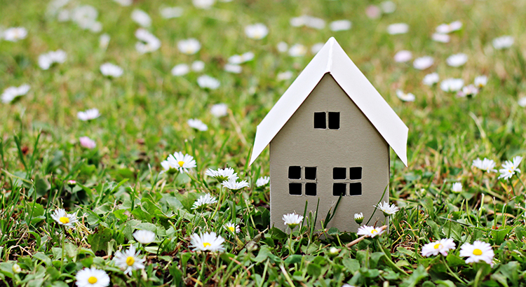 3 Things To Prioritize When Selling Your House | MyKCM