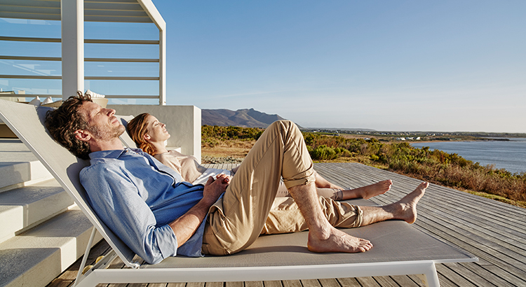 Demand for Vacation Homes Is Still Strong   MyKCM