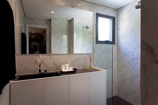 Banheiro suite - Fachada - Galeria Morais de Barros - 333 - 15