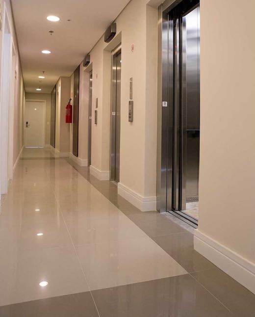 Elevadores - Fachada - Santana Office Design - 63 - 7