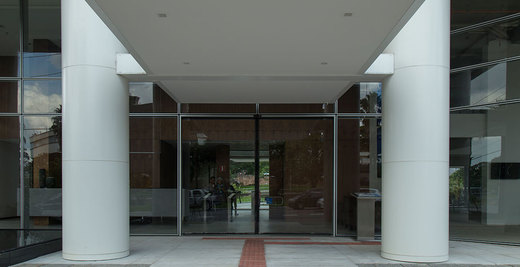 Entrada - Fachada - GATE 1 Corporate & Offices - 384 - 4