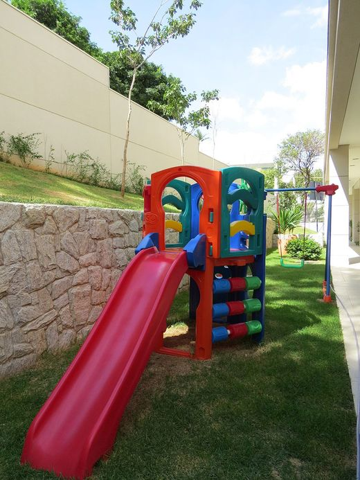 Playground - Fachada - Closer Santana - 217 - 13