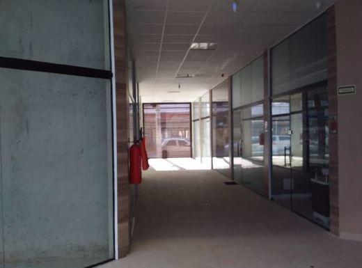 Lojas - Fachada - Zeppelin Mall - 237 - 3
