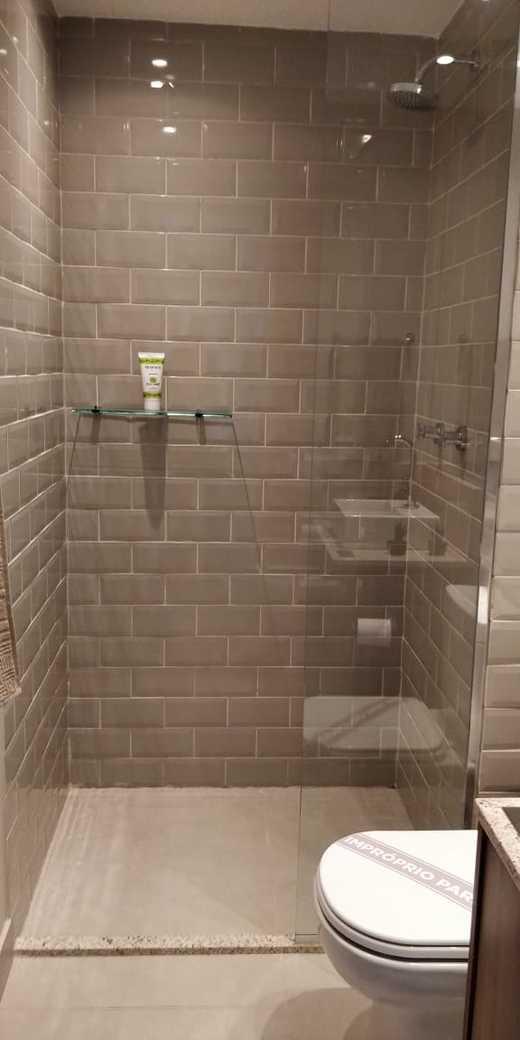 Banheiro - Fachada - Pátio Central - Cores - 742 - 17