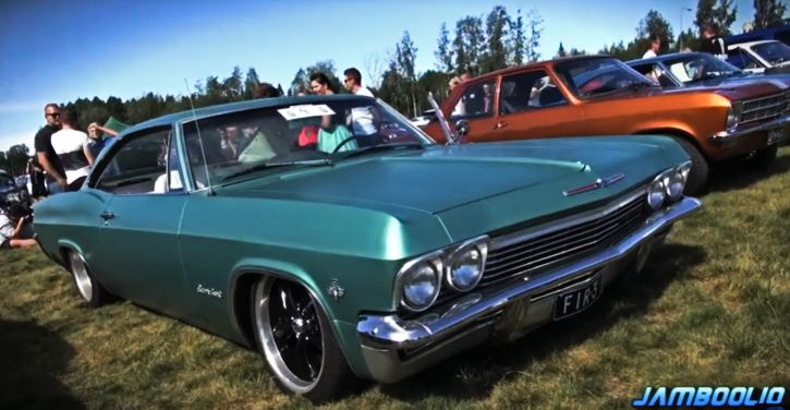 https://s3.amazonaws.com/uploads.bmxmuseum.com/user-images/156598/turquoise_classic_chevy_muscle_cars61522bd079.jpg