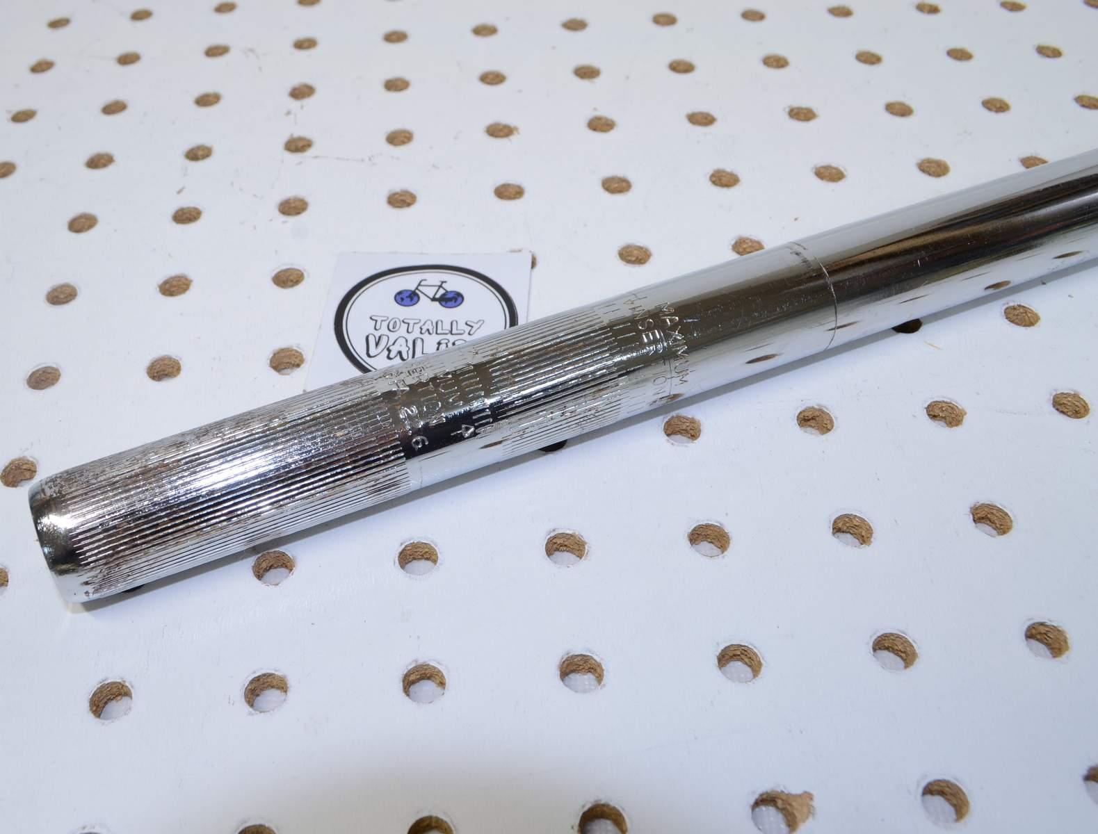 https://s3.amazonaws.com/uploads.bmxmuseum.com/user-images/17782/mongoose-expert-22.6-seatpost-chrome.....45dceca1740.jpg