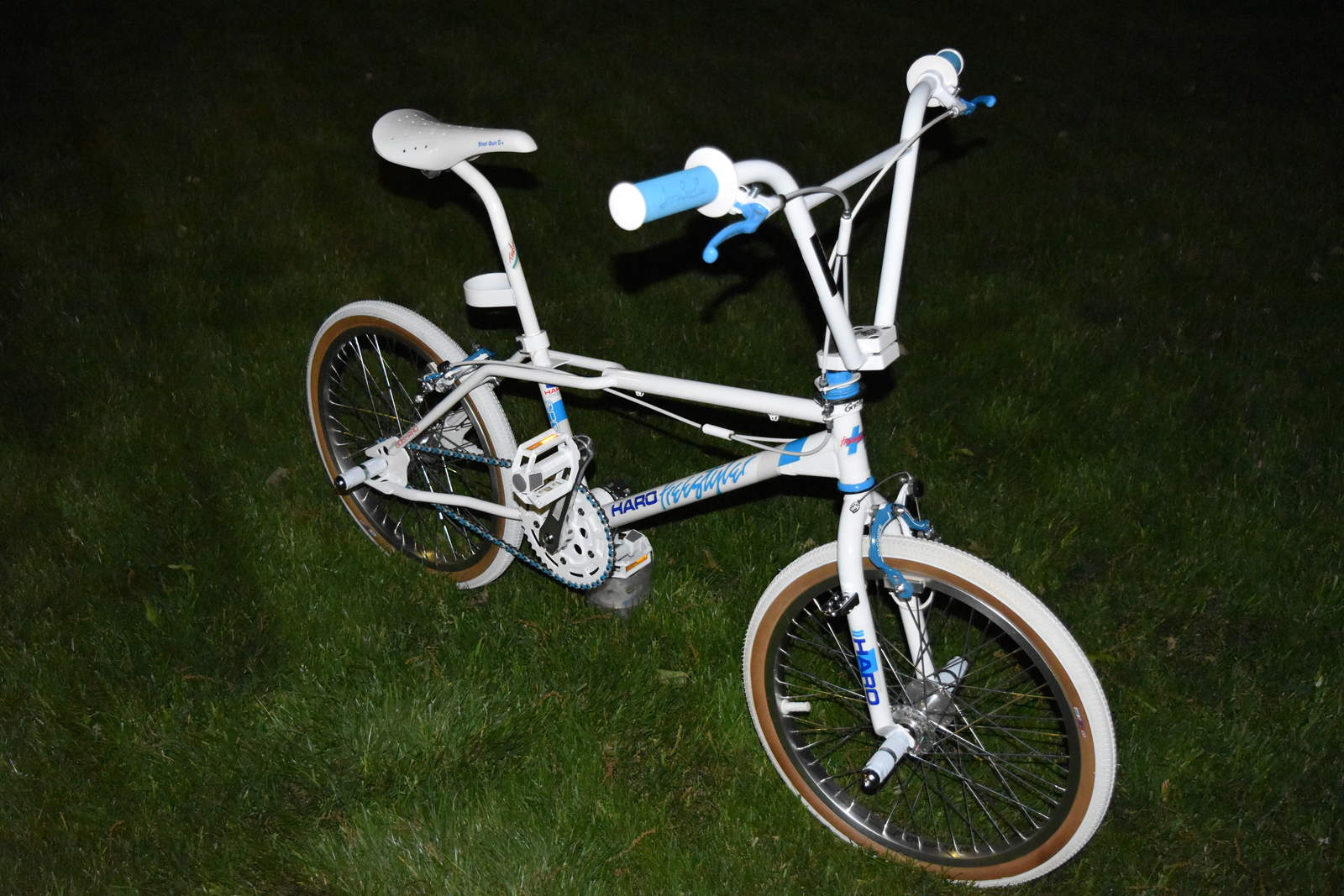 https://s3.amazonaws.com/uploads.bmxmuseum.com/user-images/210784/dsc_01805ce9cd31a2.jpg