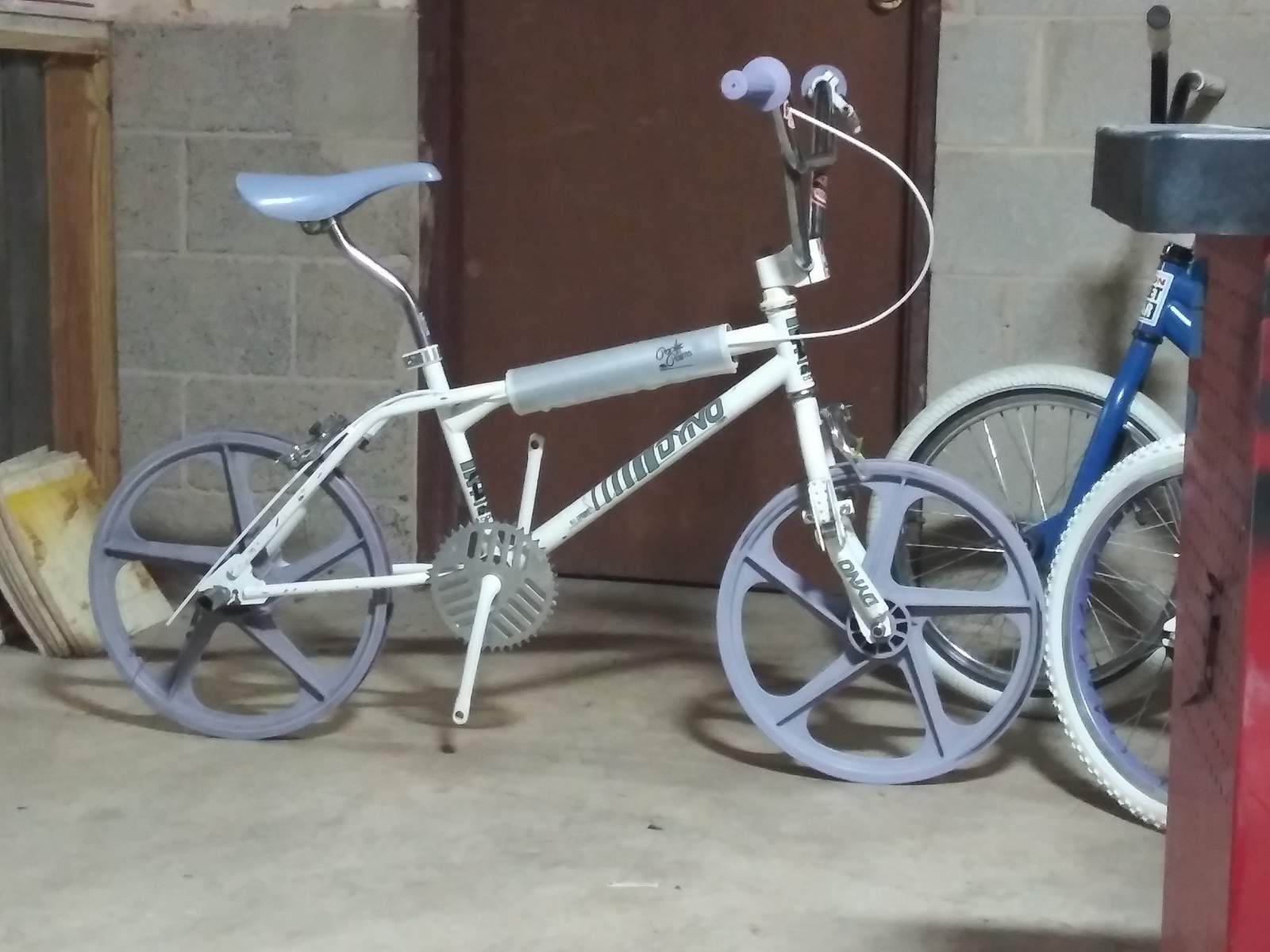 https://s3.amazonaws.com/uploads.bmxmuseum.com/user-images/219557/20191213_1711295e0ba98c24.jpg