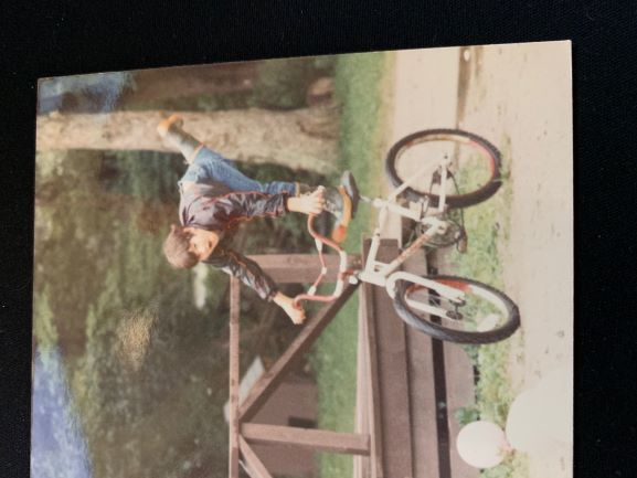 https://s3.amazonaws.com/uploads.bmxmuseum.com/user-images/237705/huffy5e9cb9e578.jpg