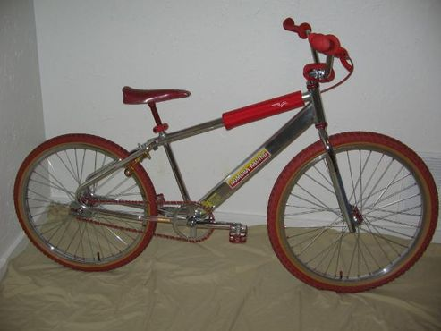 https://s3.amazonaws.com/uploads.bmxmuseum.com/user-images/3408/bikes12-17-070625d51c4495f.jpg