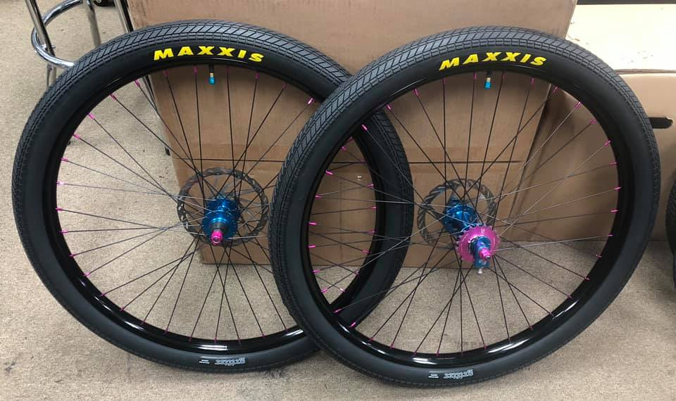 https://s3.amazonaws.com/uploads.bmxmuseum.com/user-images/35806/monster-26-wheelset5d1117a3c4.jpg