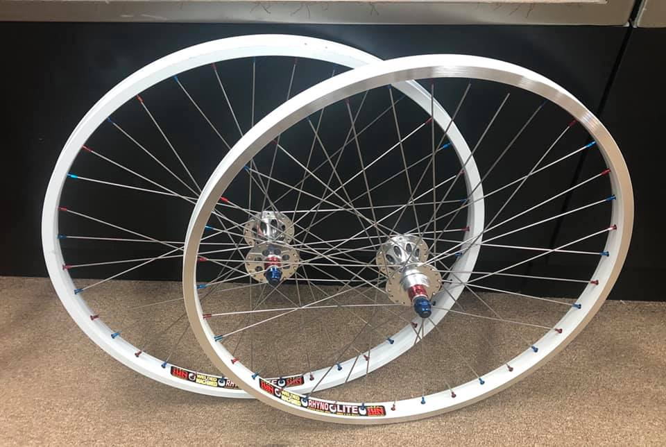 https://s3.amazonaws.com/uploads.bmxmuseum.com/user-images/35806/tnt-sun-26-wheelset-a5d1117a40f.jpg